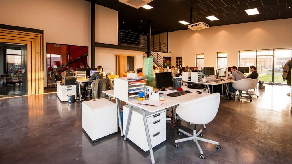 how to determine office space